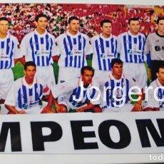 Coleccionismo deportivo - R. DE HUELVA. ALINEACIÓN FINALISTA COPA DEL REY 2002-2003 EN EL M. VALERO CONTRA EL MALLORCA. FOTO - 144917986