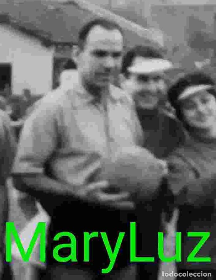 Coleccionismo deportivo: FOTO ORIGINAL DE TELMO ZARRA, HACIENDO DE ÁRBITRO EN PARTIDO DE AFICIONADOS. Vizcaya, Bilbao. - Foto 2 - 85646424