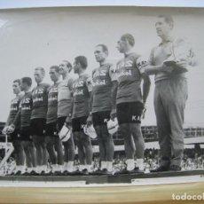Coleccionismo deportivo - EQUIPO KAS. CICLISMO. PODIO. FOTOGRAFIA ORIGINAL - 86274560