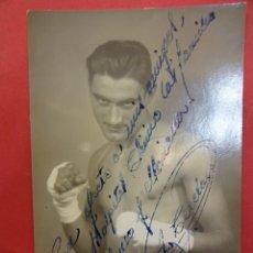 Coleccionismo deportivo: BOXEO. BOXEADOR. ANTIGUA FOTO DEDICADA POR UN PÚGIL. AÑO 1948. BARCELONA. Lote 101635751