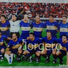 Coleccionismo deportivo - D. ALAVÉS. ALINEACIÓN FINALISTA COPA UEFA 2000-2001 EN DORTMUND CONTRA EL LIVERPOOL. FOTO - 112571067