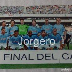 Coleccionismo deportivo: R.C.CELTA DE VIGO.ALINEACIÓN FINALISTA COPA DEL REY 2000-2001 EN LA CARTUJA CONTRA EL ZARAGOZA. FOTO. Lote 121191052