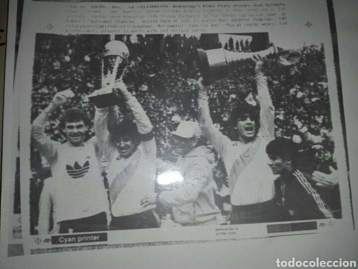 Coleccionismo deportivo: Fotografías originales pertenecientes a un archivo periodístico. River plate argentino Libertadores - Foto 6 - 107663018