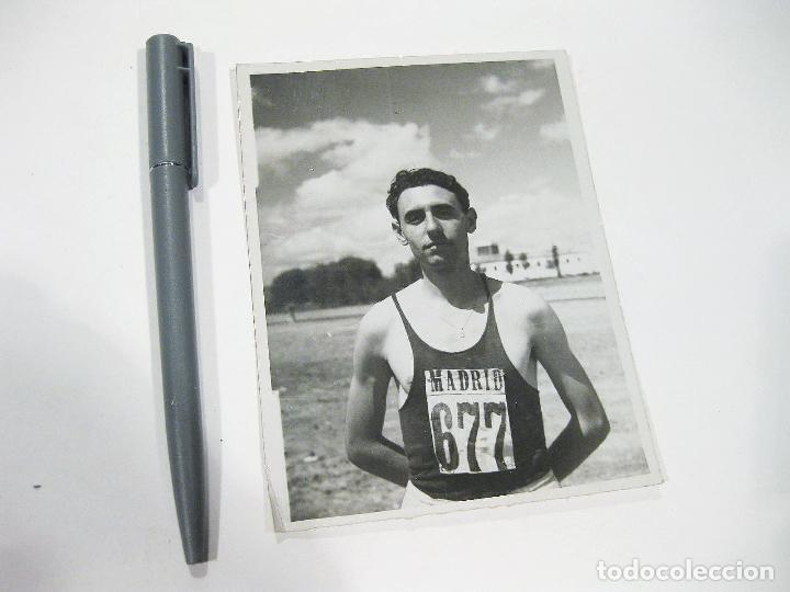 FOTOGRAFIA ORIGINAL DE PRINCIPIOS DEL SIGLO XX DE UN ATLETA EN ALGUNA CARRERA EN BURGOS (Coleccionismo Deportivo - Documentos - Fotografías de Deportes)