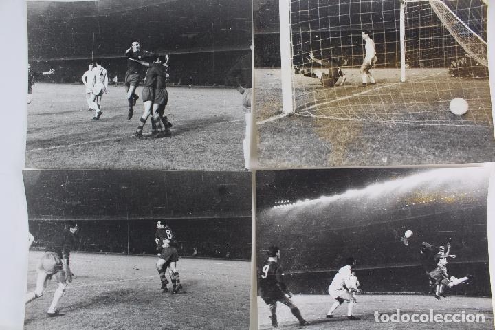 FG-286. FC BARCELONA. 23.11.60 COPA DE EUROPA. FCB 2-1 REAL MADRID. FINAL PARTIDO. 4 INSTANTANEAS. (Coleccionismo Deportivo - Documentos - Fotografías de Deportes)