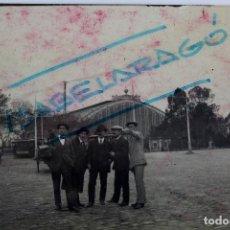 Coleccionismo deportivo: F-3482. JUGADORES DEL FUTBOL CLUB ESPAÑA DE BARCELONA EN VISITA A MADRID, ESTACION ATOCHA. 1911. Lote 108906383