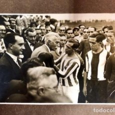 Coleccionismo deportivo: FOTOGRAFIA VISITS PRESIDENT GENERALITAT AL CLUB DEPORTIVO JUPITER1931. Lote 109457963