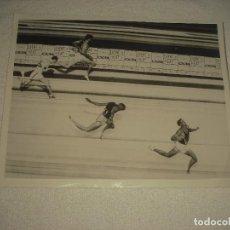 Coleccionismo deportivo: JUEGOS OLIMPICOS DE ROMA 1960 . FINAL MASCULINA VALLAS 400 M.GLENN DAVIS ES EL GANADOR. Lote 110130871