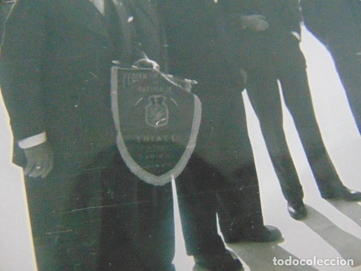 Coleccionismo deportivo: LOTE DE FOTOGRAFIAS Y DOCUMENTACION DE HOCKEY SOBRE PATINES CAMPEONATO DEL MUNDO - Foto 9 - 110648327