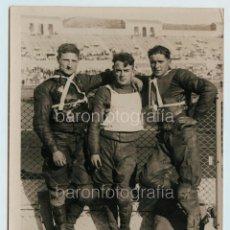 Coleccionismo deportivo: MOTORISTAS POR IDENTIFICAR, FOTO: INFORMACIONES GRÁFICAS SPORT, BARCELONA 13X18CM.. Lote 111458423