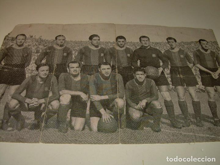 ANTIGUA FOTOGRAFIA... F.C. BARCELONA CON TODAS LAS FIRMAS DE LOS JUGADORES IMPRESAS. (Coleccionismo Deportivo - Documentos - Fotografías de Deportes)