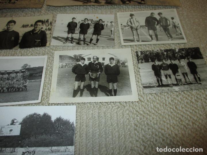 Coleccionismo deportivo: Lote 16 fotos de un árbitro de fútbol de Santander, años 60 - Foto 3 - 121414995