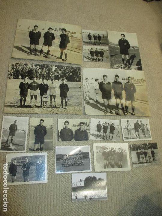 Coleccionismo deportivo: Lote 16 fotos de un árbitro de fútbol de Santander, años 60 - Foto 5 - 121414995