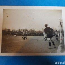 Coleccionismo deportivo: FOTO ORIGINAL PORTERO PERE GIBERT EL GRAPAS RCD ESPANYOL ESPAÑOL AÑOS 10. Lote 131528482