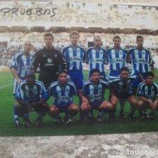 Coleccionismo deportivo: MÁLAGA CLUB DE FÚTBOL - ANTIGUO EQUIPO - FOTO ORIGINAL, 15 X 10 CMS. Lote 133659414