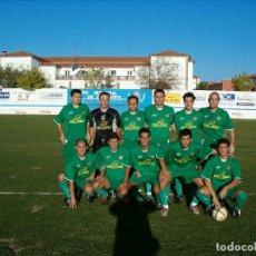 Coleccionismo deportivo: ALBUM FOTOS FUTBOL EXTRMEÑO 2005-2006 / 20 EQUIPOS. Lote 135541642