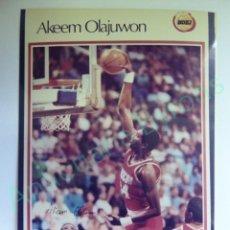 Colecionismo desportivo: CROMO EN PAPEL FOTOGRÁFICO. AKEEM OLAJUWON. HOUSTON ROCKETS. NBA (12,5 X 9 CM). Lote 217012941