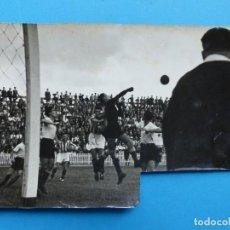 Coleccionismo deportivo: ANTIGUA FOTOGRAFIA FUTBOL VALENCIA C.F. - REAL SOCIEDAD - AÑO 1941 - PIO. Lote 137548538