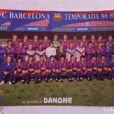 Coleccionismo deportivo: FC BARCELONA BARÇA ANTIGUA POSTAL 1988-89 DANONE AUTOGRAFOS FIRMADA DETRAS - CRUYFF. Lote 137623550