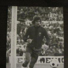 Coleccionismo deportivo: FC BARCELONA-FOTOGRAFIA ANTIGUA ORIGINAL REPORTER GRAFICO SEGUI-VER FOTOS-(V-15.329). Lote 142446498