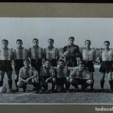 Coleccionismo deportivo: RCD ESPAÑOL - ESPECTACULAR FOTOGRAFIA ORIGINAL EQUIPO DEL RCD ESPAÑOL 1939 - 40 CAMPEON DE ESPAÑA. Lote 142700414