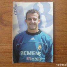 Colecionismo desportivo: FOTOGRAFIA TAMAÑO POSTAL 2 CESAR SANCHEZ (REAL MADRID) - MAGIC BOX INT 10 X 15 CMS. Lote 142992970
