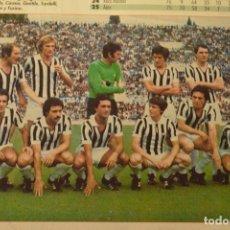 Coleccionismo deportivo: FOTO DON BALON JUVENTUS TURIN 1976-77.TAMAÑO 18X12 CMS. Lote 143167454