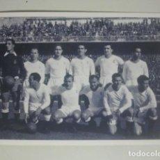 Coleccionismo deportivo: FÚTBOL - REAL MADRID - ANTIGUA FOTOGRAFÍA DE EQUIPO - LEER DESCRIPCIÓN .... Lote 143590886