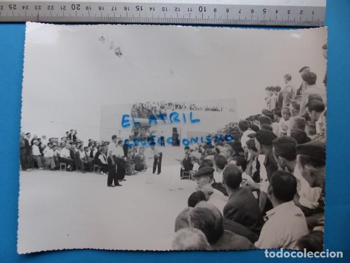 Coleccionismo deportivo: TRINQUET DE MASSAMAGRELL - 7 BONITAS FOTOGRAFIAS PELOTA VALENCIANA - AÑOS 1950-60 - Foto 8 - 143686598