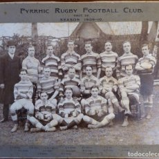 Coleccionismo deportivo: FUT-32. RUGBY. ANTIGUA FOTOGRAFIA EQUIPO PYRRHIC RUGBY FOOTBALL CLUB. TEMPORADA 1909-10.. Lote 143737754