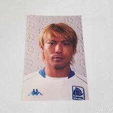 Coleccionismo deportivo: FOTO OFICIAL DEL JUGADOR DE JAPONÉS SUZUKI (GENK) (TEMPORADA 2002/2003). Lote 147339270