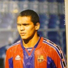 Coleccionismo deportivo: FOTO PRENSA FUTBOL TAMAÑO CUARTILLA JUGADOR GIOVANNI DEL F.C.BARCELONA. Lote 148772866