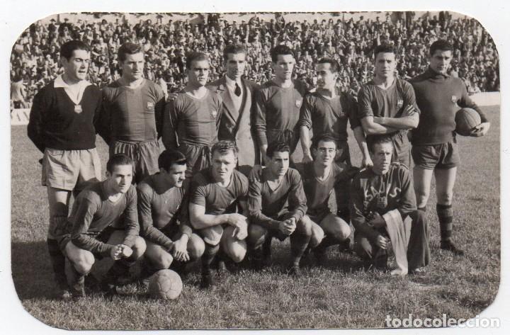FOTO DEL F.C. BAERCELONA AÑOS 50, MIDE 10X6 (Coleccionismo Deportivo - Documentos - Fotografías de Deportes)