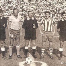 Coleccionismo deportivo: FOTOGRAFÍA ORIGINAL CÁDIZ CF DEPORTIVO ALAVÉS AÑOS 70. Lote 150403294
