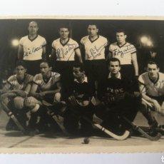 Coleccionismo deportivo: FOTO FIRMADA 1955 TERESA HERRERA ACADEMICO PORTO PORTUGAL SELECCION CORUÑA HOCKEY HOQUEI PATINES. Lote 151505517
