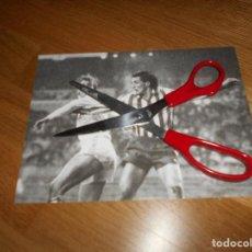 Coleccionismo deportivo: FOTO CARVAJAL 29 12 1985 MACEDA REAL MADRID CONTRA BETIS ORIGINAL. Lote 152951630