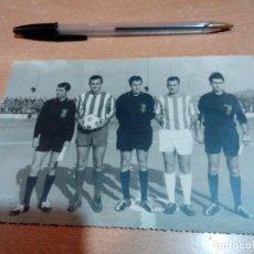 Coleccionismo deportivo: ANTIGUA FOTO TRIO ARBITRAL CAPITANES CEUTA AÑOS 60 - 17X12 - VER FOTOS. Lote 153380170