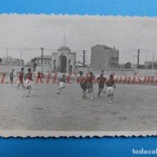 Coleccionismo deportivo: ONTENIENTE, VALENCIA - FUTBOL - CAMPO EL CLARIANO - FOTOGRAFICA. Lote 153786966