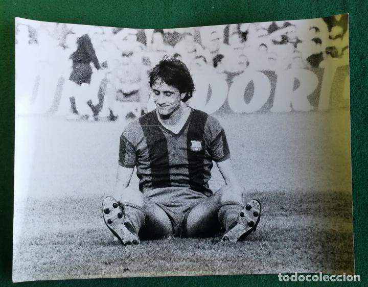 FOTOGRAFIA CRUIFF - FOTO ORIGINAL 18X24 - FUTBOL CLUB BARCELONA - 1974/75 BARÇA (Coleccionismo Deportivo - Documentos - Fotografías de Deportes)