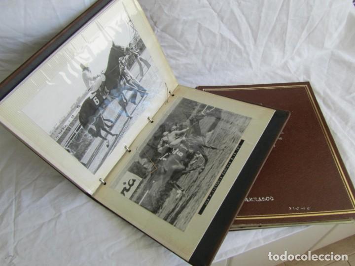 Coleccionismo deportivo: 2 álbumes de fotos de hípica años 70. Ver fotografías adicionales - Foto 2 - 158809614