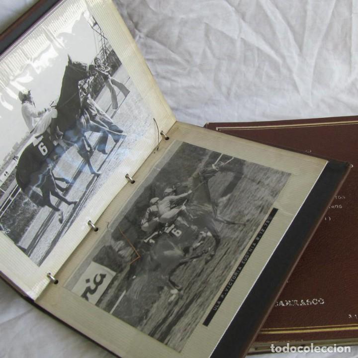Coleccionismo deportivo: 2 álbumes de fotos de hípica años 70. Ver fotografías adicionales - Foto 3 - 158809614