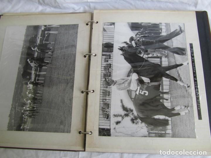 Coleccionismo deportivo: 2 álbumes de fotos de hípica años 70. Ver fotografías adicionales - Foto 22 - 158809614