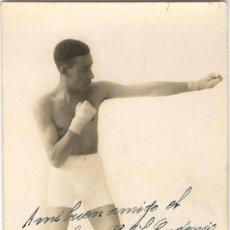 Coleccionismo deportivo: BOXEO - FOTOGRAFÍA DEDICADA AL PÚGIL EUGENIO MORENO - FOTO MENA - MADRID - HACIA 1929. Lote 163625754