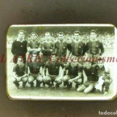 Coleccionismo deportivo: F.C. BARCELONA, FUTBOL ALINEACION CON KUBALA, RAMALLETS, GENSANA - DIAPOSITIVA DE LOS AÑOS 1950-60. Lote 164200994
