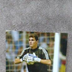 Coleccionismo deportivo: FOTOGRAFÍA OFICIAL REAL MADRID, MAGICBOX, Nº 51. Lote 165090322