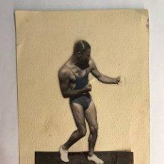 Coleccionismo deportivo: BOXEO ITALIA. SANDRO LOPOPOLO ???. TARJETA POSTAL DEDICADA (H.1960?). Lote 165244716