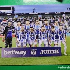 Coleccionismo deportivo: C.D. LEGANÉS. ALINEACIÓN PARTIDO DE LIGA 2018-2019 EN BUTARQUE CONTRA EL BARCELONA. FOTO. Lote 168355616