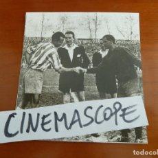 Coleccionismo deportivo: REAL CLUB DEPORTIVO ESPAÑOL FUTBOL ARTIGAS BUSTOS GARDEAZABAL FOTO ORIGINAL ANTIGUA . Lote 173202860