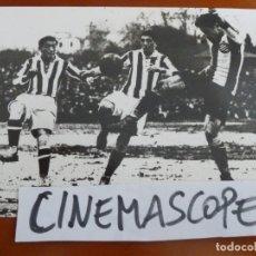 Coleccionismo deportivo: REAL CLUB DEPORTIVO ESPAÑOL FUTBOL FOTO ORIGINAL ANTIGUA . Lote 174087378