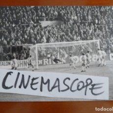 Coleccionismo deportivo: REAL CLUB DEPORTIVO ESPAÑOL FUTBOL FOTO ORIGINAL ANTIGUA . Lote 174087778